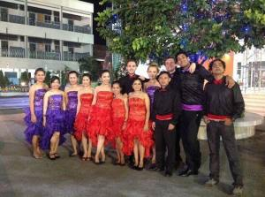 Scrubbin' Up Well: the foreign teacher dance group