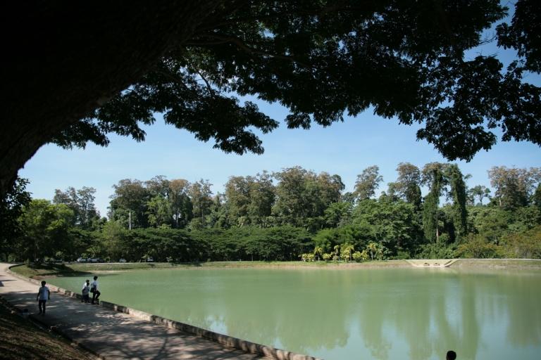 By Ratanawan Monastery